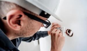 Équipements électriques et électricité